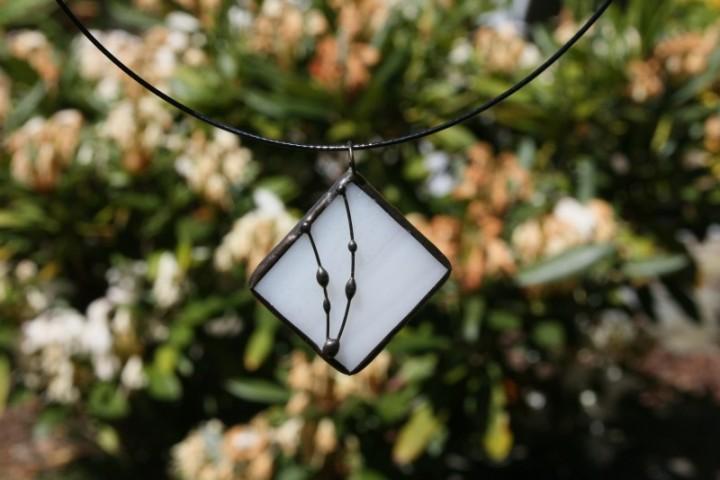 Šperk bílý s patinou - Tiffany šperky