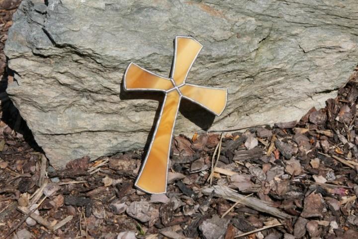 Kříž medový - Tiffany šperky