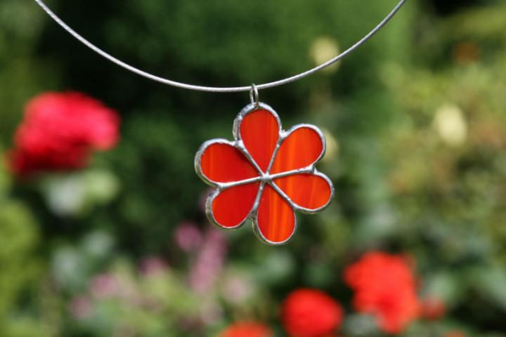 Kytička červená - Tiffany šperky