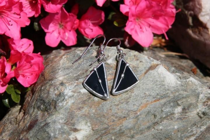 Náušnice černé zdobené - Tiffany šperky