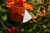 Béžový trojúhelníček - Tiffany šperky