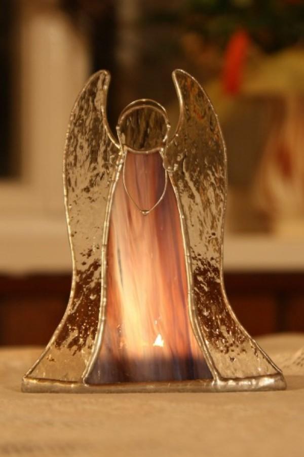 Anděl - svícen na čajovou svíčku fialový - Tiffany šperky