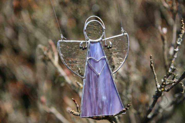 Andílek fialový se srdíčkem - Tiffany šperky