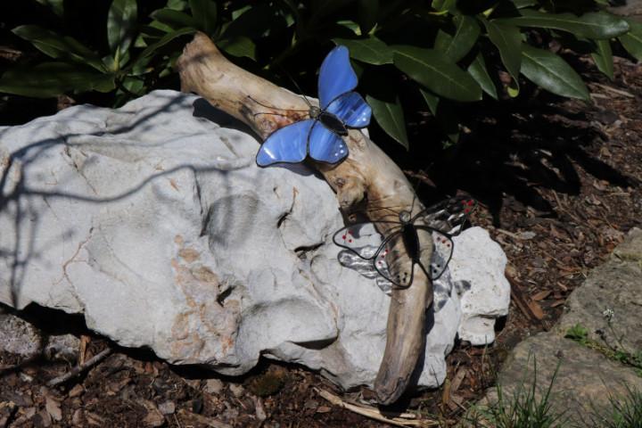 Motýlci- dekorace na dřevě - Tiffany šperky