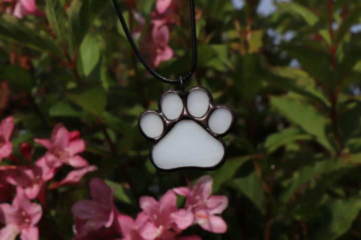 Tlapka bílá s patinou - Tiffany šperky